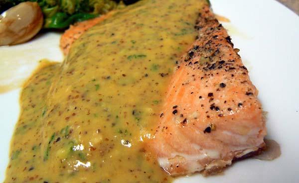 طرز تهیه ماهی سالمون با سس خردل