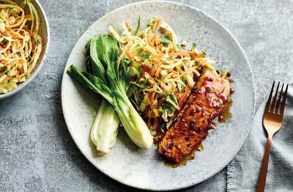 پخت ماهی سالمون با نودل