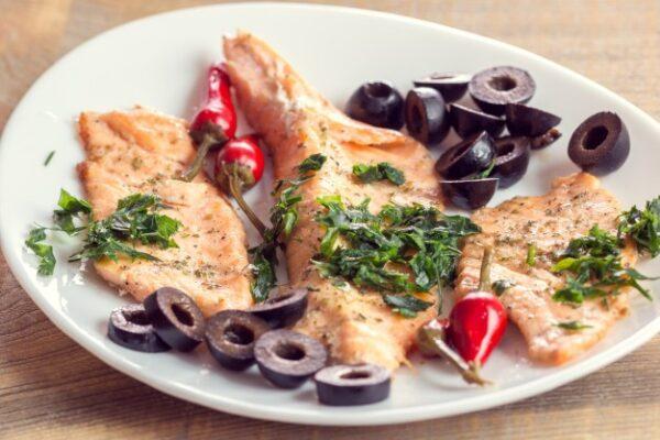 طرز تهیه ماهی رژیمی بسیار خوشمزه با ماهی قزل آلا