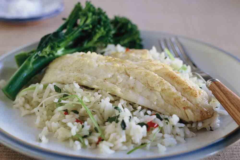 سبزی پلو با ماهی جنوب