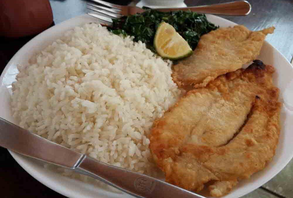 سبزی پلو با ماهی سرخ شده