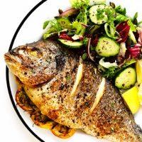 """ویدئو آموزشی """"طرز تهیه ماهی شکم پر در فر"""""""